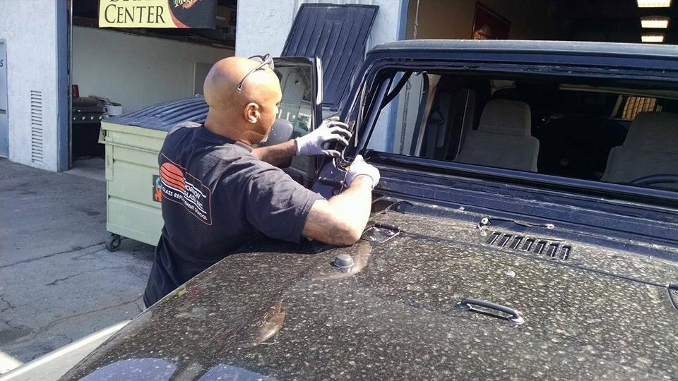 windshield replacement shops near me